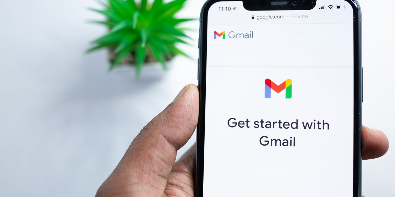 Get Into Employee Gmail Correspondence Folder With TheOneSpy